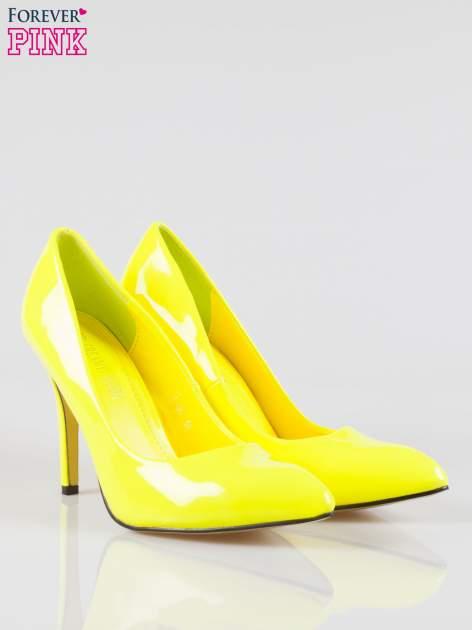 Żółte lakierowane szpilki w szpic                                  zdj.                                  2