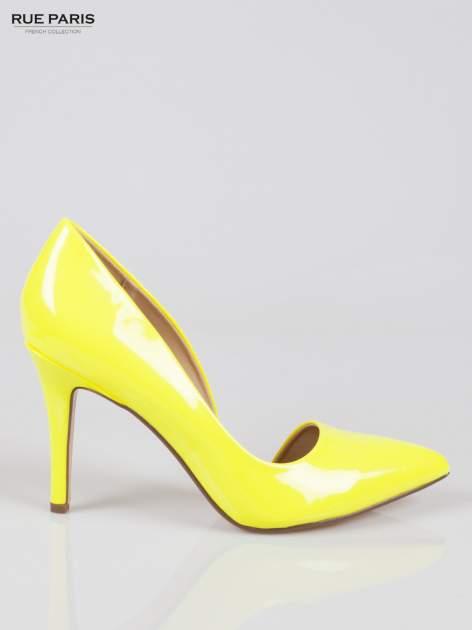 Żółte lakierowane szpilki z wyciętym bokiem                                  zdj.                                  1