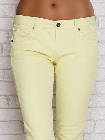 Żółte proste spodnie z napami                                  zdj.                                  4