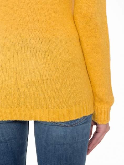 Żółty sweter z nadrukiem pieska                                  zdj.                                  6