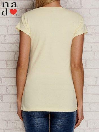 Żółty t-shirt W PRACY NAJBARDZIEJ LUBIĘ PIĄTEK I WYPŁATĘ