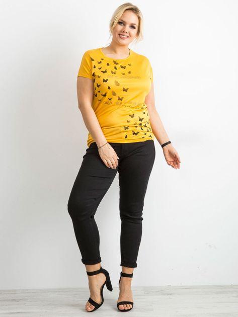 Żółty t-shirt damski z nadrukiem PLUS SIZE                              zdj.                              4