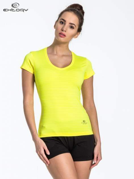 Zółty t-shirt sportowy w paseczki