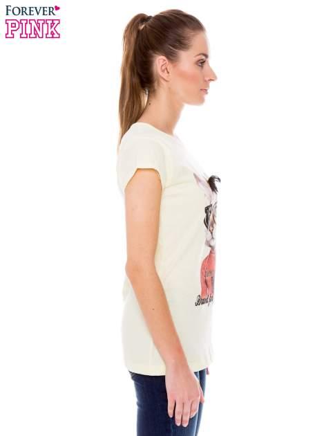 Żółty t-shirt z nadrukiem kotki w nerdach                                  zdj.                                  2