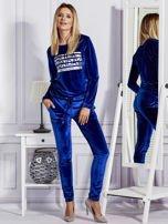 Aksamitne spodnie dresowe niebieskie                                  zdj.                                  4