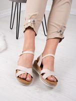 Beżowe sandały BELLO STAR na podwyższeniu z paskami na krzyż                                  zdj.                                  2