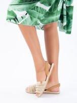 Beżowe sandały z ozdobnym frędzelkowym przodem                                  zdj.                                  4