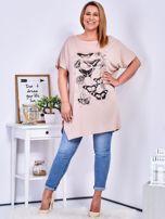 Beżowy t-shirt damski w motyle PLUS SIZE                                  zdj.                                  4