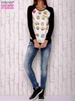 Biała bluza z nadrukiem emotikonów                                                                          zdj.                                                                         2