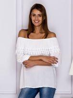Biała bluzka hiszpanka z koronkową lamówką                                  zdj.                                  1