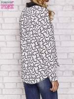 Biała koszula w geometryczne wzory                                  zdj.                                  4