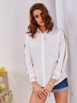 Biała koszula z perełkami na mankietach                                  zdj.                                  6
