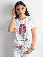 Biała koszulka z kolorowym printem                                  zdj.                                  1