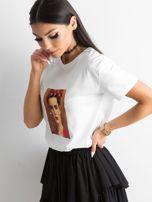 Biała koszulka z nadrukiem                                  zdj.                                  3
