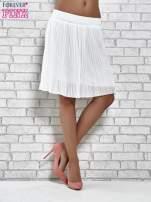Biała plisowana spódnica do kolan                                  zdj.                                  2
