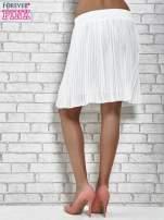 Biała plisowana spódnica do kolan                                  zdj.                                  5