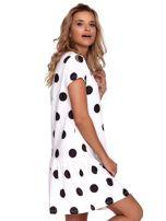 Biała sukienka w grochy z falbaną                                  zdj.                                  3