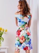 Biała sukienka w kolorowe kwiaty                                  zdj.                                  2