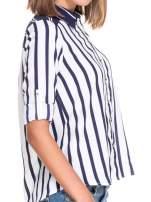 Biało-granatowa koszula w pionowe pasy w stylu marynarskim                                                                          zdj.                                                                         6