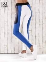 Biało-niebieskie legginsy z modułami                                                                          zdj.                                                                         6