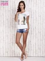 Biały t-shirt damski z napisem CALIFORNICATION                                  zdj.                                  2