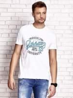 Biały t-shirt męski z napisem BROOKLYN ATHLETIC UNIVERSITY                                  zdj.                                  1