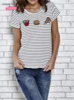 Biały t-shirt w paski z nadrukiem jedzenia                                  zdj.                                  1