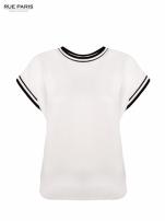 Biały t-shirt w stylu tenis chic                                  zdj.                                  1