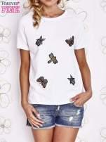 Biały t-shirt z aplikacją owadów                                                                           zdj.                                                                         2