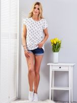 Biały t-shirt z kocim motywem                                  zdj.                                  4
