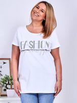 Biały t-shirt z napisem z dżetów PLUS SIZE                                  zdj.                                  1
