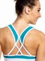 Biały top sportowy z siateczką i skrzyżowanymi ramiączkami                                  zdj.                                  5