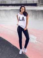 Biały top w stylu koszykarskim z nadrukiem LOS ANGELES i sportową lamówką                                  zdj.                                  11