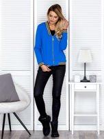 Bluza damska z błyszczącym ściągaczem niebieska                                  zdj.                                  4