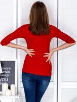 Bluzka czerwona z wycięciem na dekolcie                                  zdj.                                  2