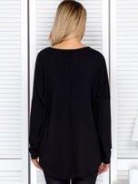 Bluzka damska oversize z kolorowymi dżetami czarna                                  zdj.                                  2