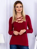 Bluzka damska w prążek z paseczkami przy dekolcie bordowa                                  zdj.                                  1