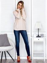 Bluzka damska z kontrastową lamówką jasnobeżowa                                  zdj.                                  4