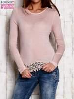 Bluzka z koronkowym wykończeniem różowa                                  zdj.                                  1