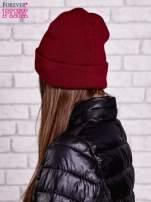 Bordowa czapka beanie z literą K                                  zdj.                                  2