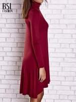 Bordowa lejąca sukienka z golfem                                  zdj.                                  3