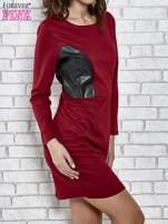 Bordowa sukienka ze skórzanymi wstawkami                                  zdj.                                  3