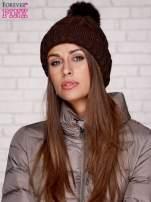 Brązowa dziergana czapka z pomponem                                  zdj.                                  3