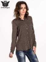 Brązowa koszula w geometryczne wzory