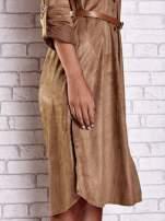 Brązowa zamszowa sukienka z rozcięciami po bokach                                  zdj.                                  7