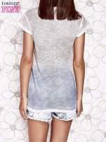 Brązowo-niebieski t-shirt z efektem ombre                                  zdj.                                  4