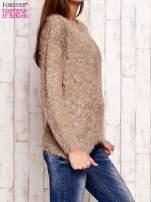 Brązowy melanżowy sweter z dłuższym włosem                                  zdj.                                  3