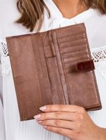 Brązowy portfel damski w motyle                                  zdj.                                  5
