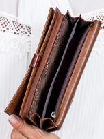 Brązowy portfel damski w motyle                                  zdj.                                  6
