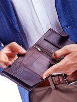 Brązowy portfel dla mężczyzny z ozdobnymi przeszyciami                                  zdj.                                  4